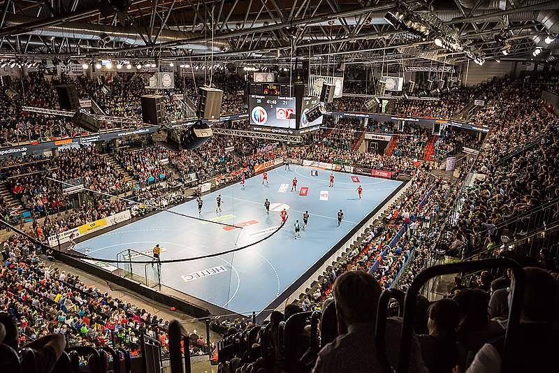 Der Hc Erlangen In Der Arena Nurnberger Versicherung